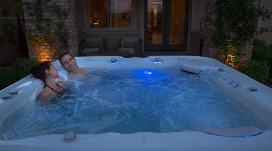 Hot Tub Highlife Envoy